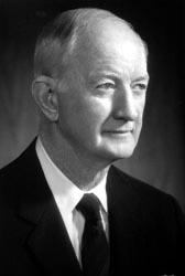 Winton Malcolm Red Blount, II