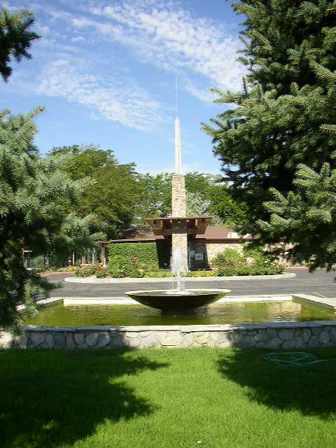 Redwood Memorial Cemetery