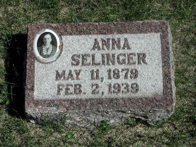 Anna <i>Wandler</i> Selinger