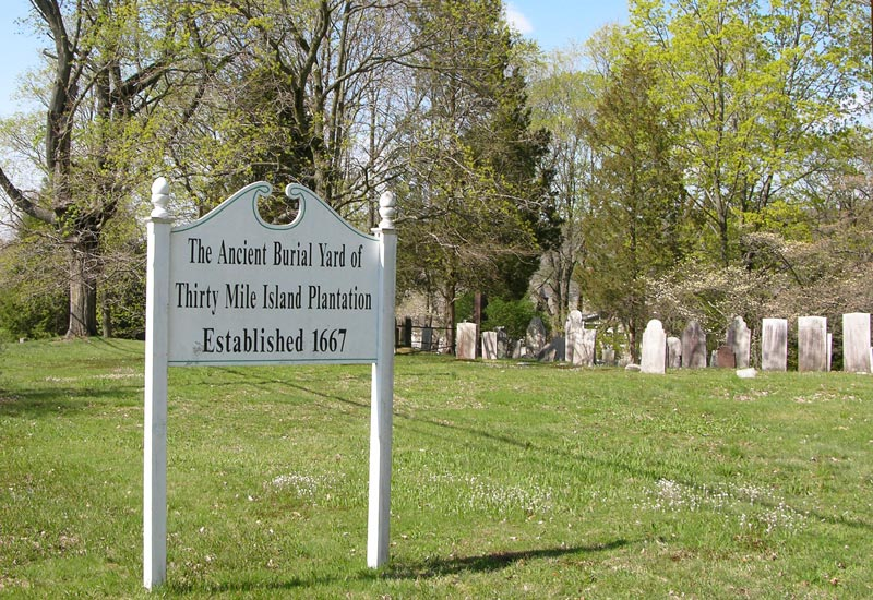 Thirty Mile Island Plantation Burial Yard