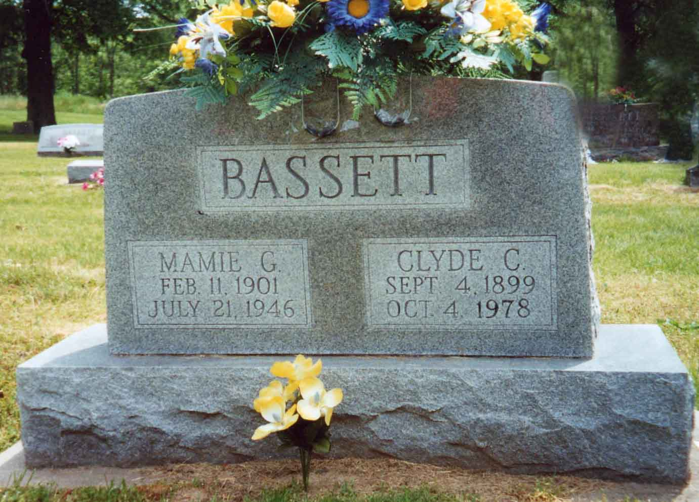 Mamie Marceline <i>Garrett</i> Bassett