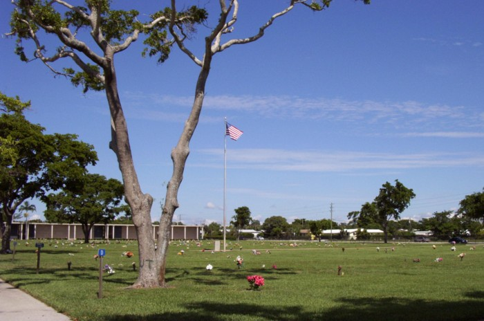 Boynton Beach Memorial Park and Mausoleum