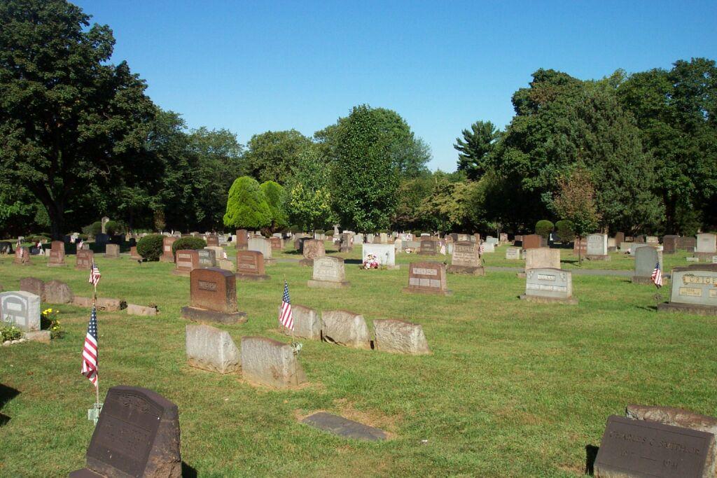 Easton Heights Cemetery