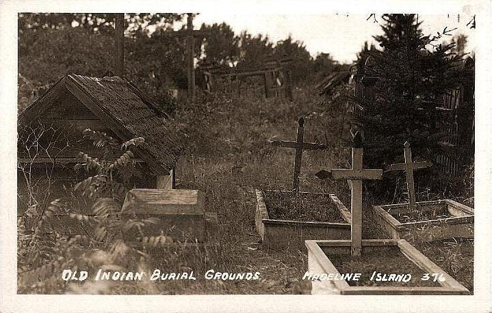 La Pointe Indian Cemetery