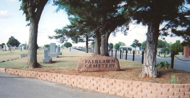 Fairlawn Cemetery