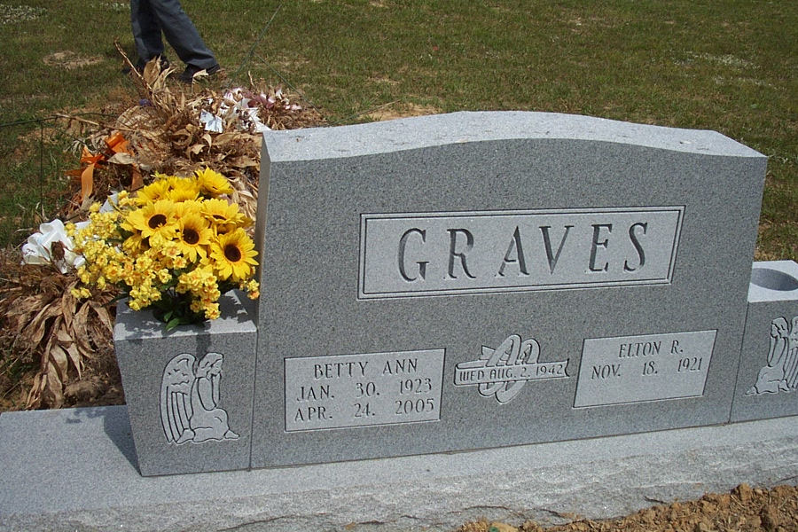 Betty Ann <i>Clouse</i> Graves