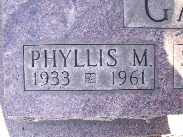 Phyllis M. <i>Green</i> Garner