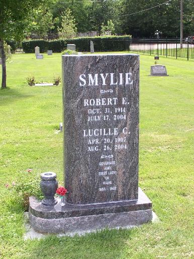 Robert Eben Smylie
