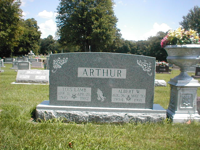 Lois <i>Lamb</i> Arthur