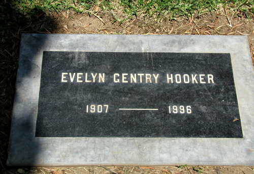 Evelyn <i>Gentry</i> Hooker