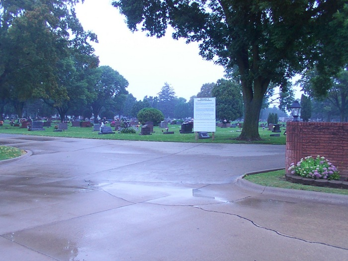 Murdoch-Linwood Cemetery