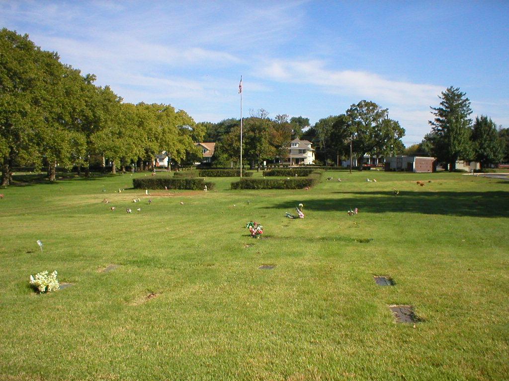 Colonial Memorial Park