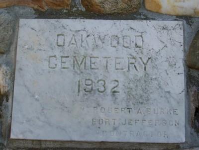 Oakwood Cemetery