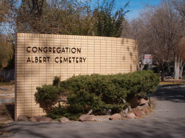 Congregation Albert Cemetery