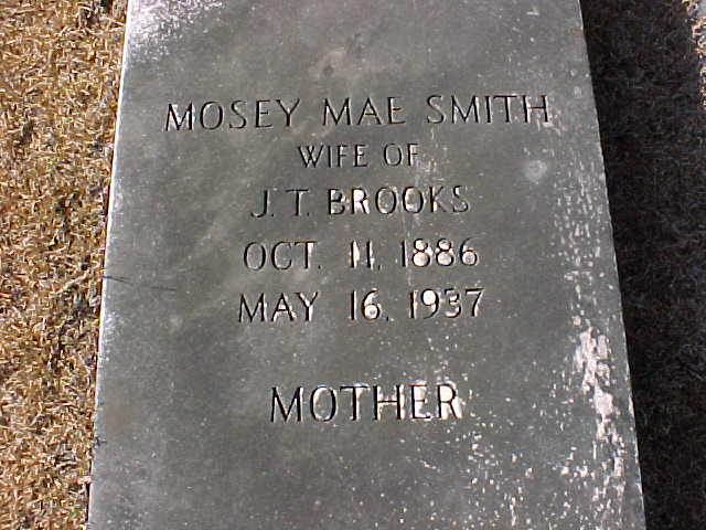 Mosey Mae <i>Smith</i> Brooks