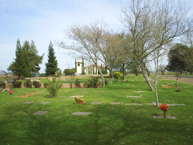Camellia Memorial Lawn Cemetery