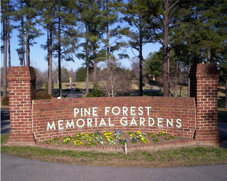 Pine Forest Memorial Gardens