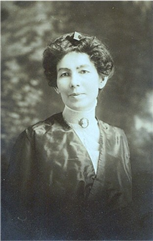 Lillian Delia <i>Cronk</i> Thomas