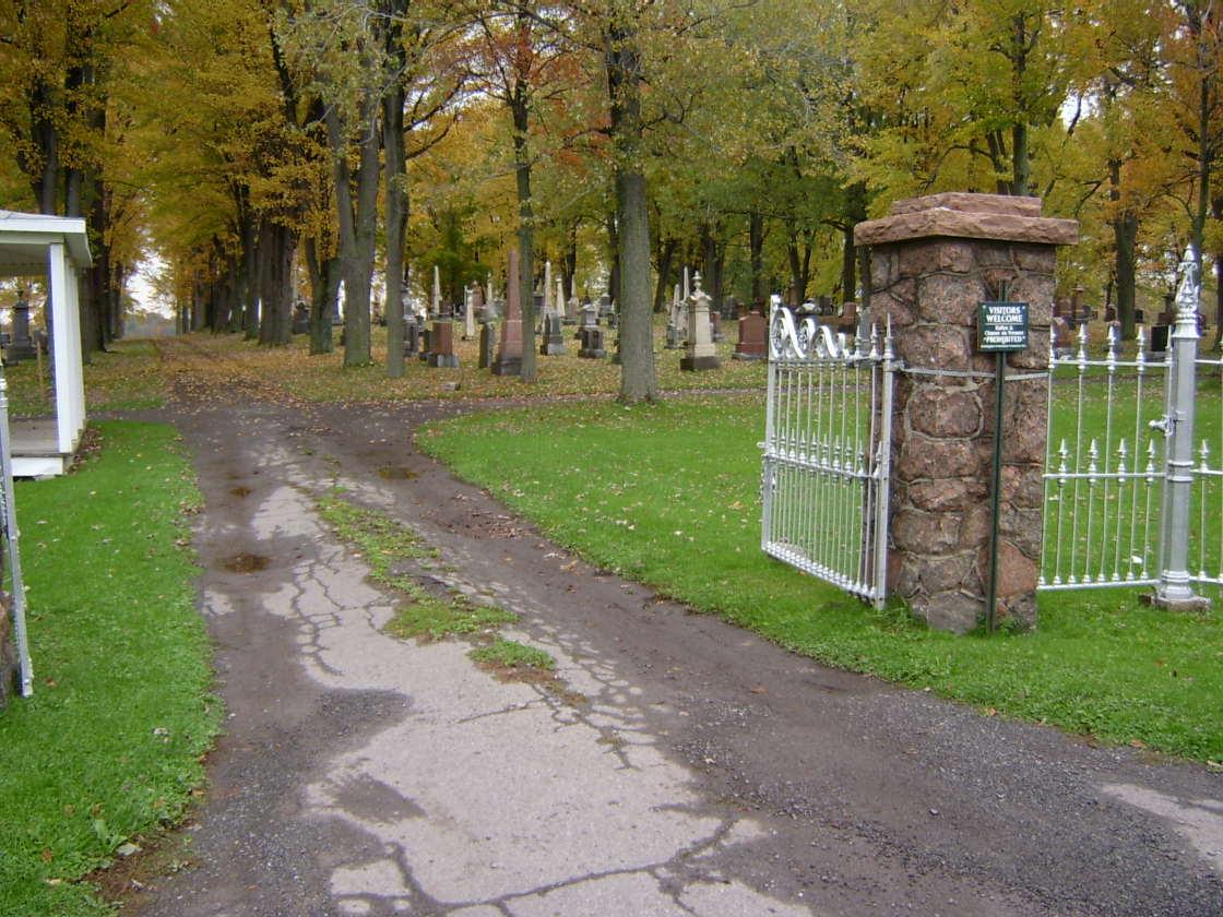 Huntingdon Protestant Cemetery