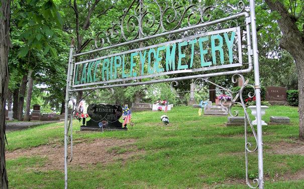 Lake Ripley Cemetery