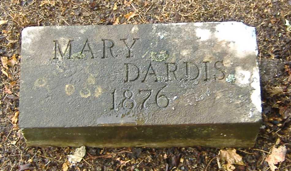Mary <i>Winn</i> Dardis