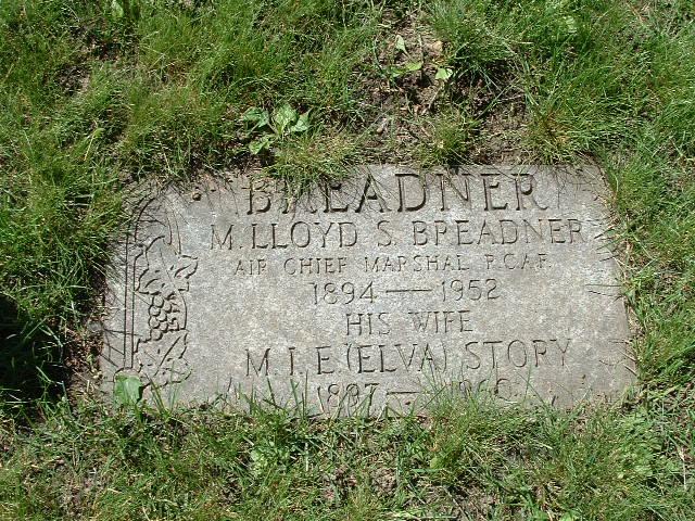 Lloyd Samuel Breadner
