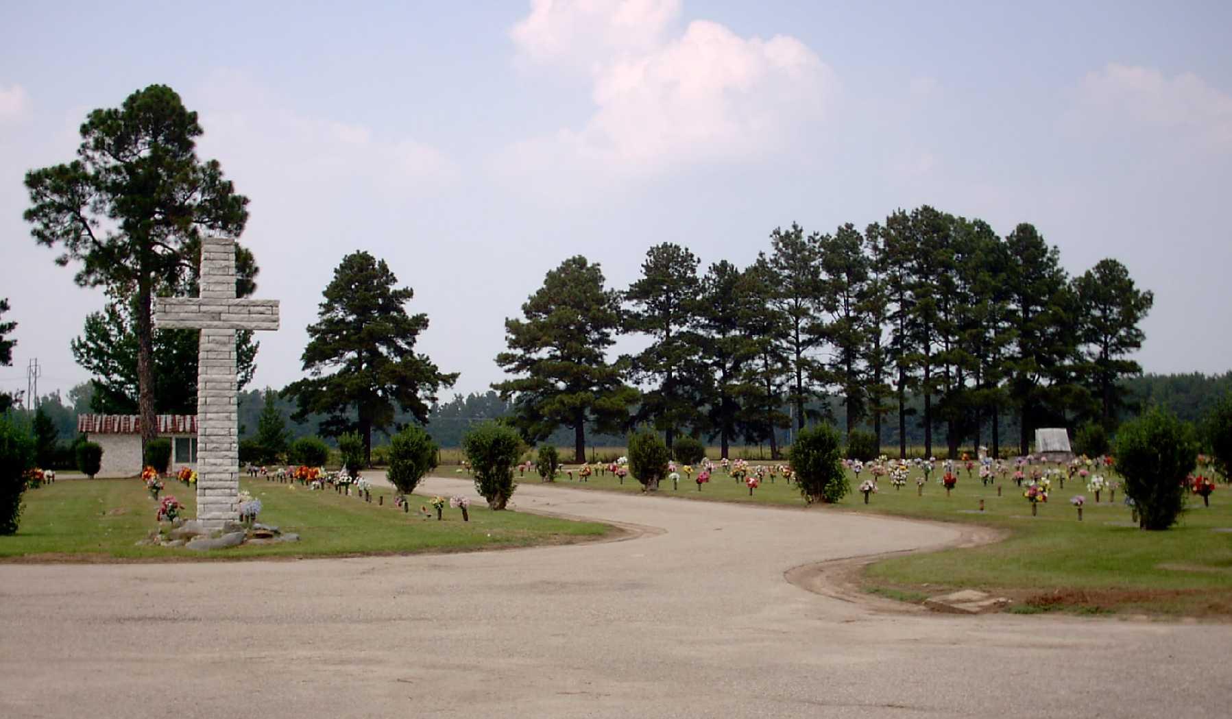 Pinewood Memorial Park