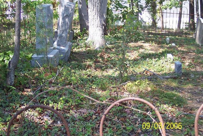 Callender-Eastman-Bailey Family Cemetery