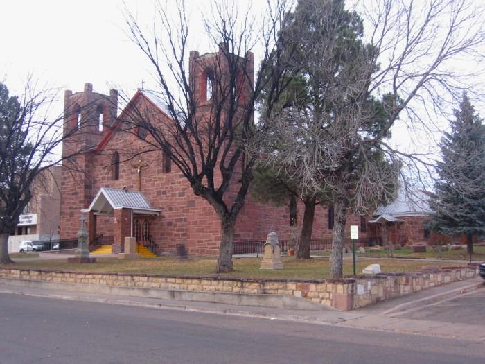 Nuestra Senora de Dolores Catholic Churchyard