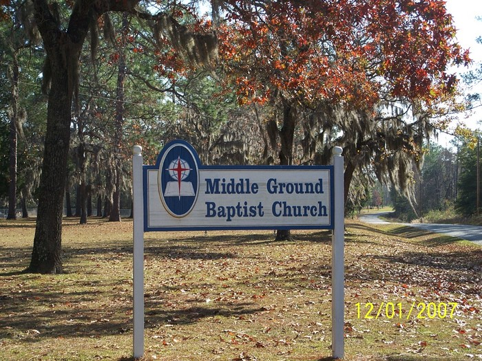 Middle Ground Baptist Church Cemetery