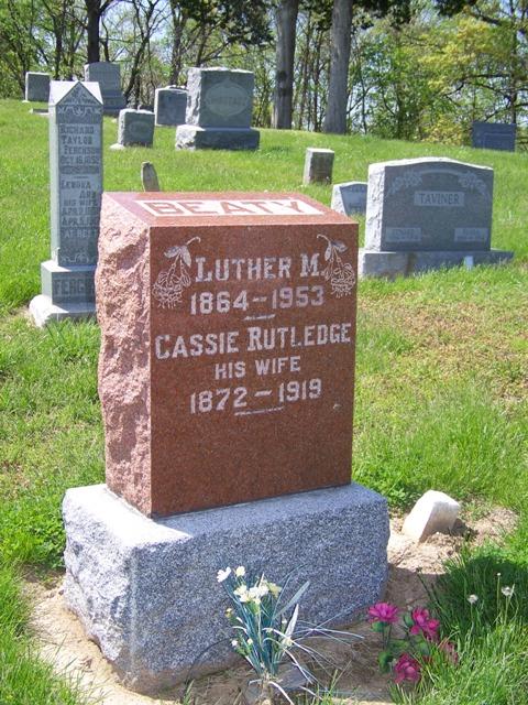 Cassie <i>Rutledge</i> Beaty