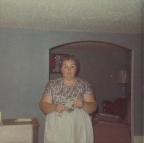 Ida Mae <i>Whitenight</i> Banks