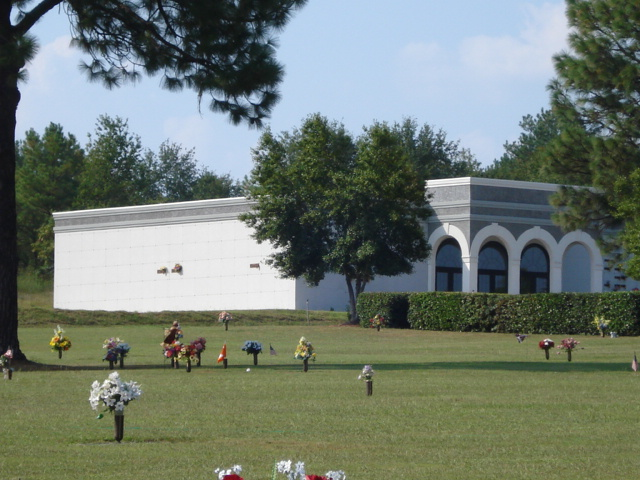 Pineview Memorial Gardens Cemetery
