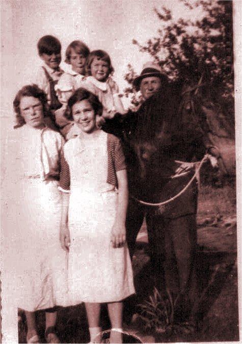 Alma Maude Little Sister Hooker