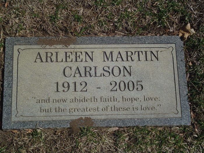 Arleen Emily <i>Martin</i> Carlson