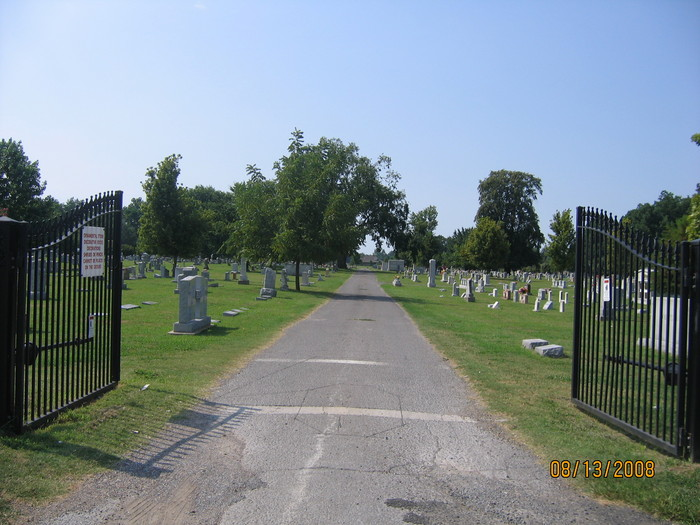 Maple Cemetery