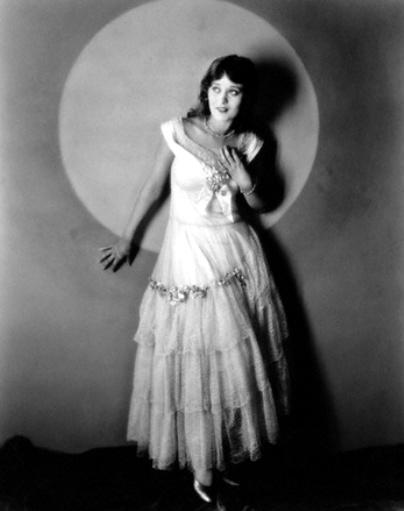 Mae Costello