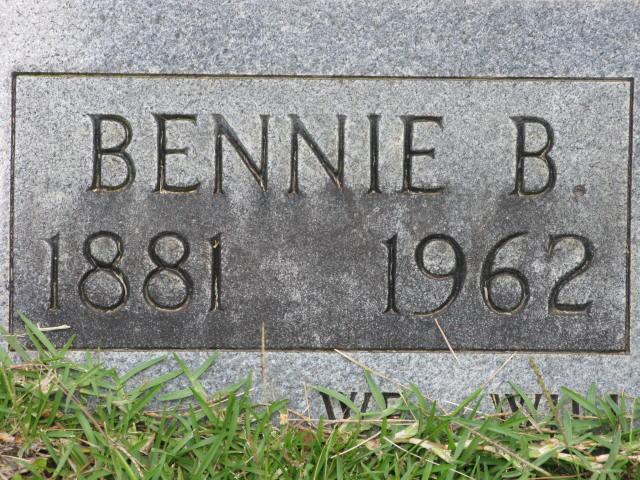 Bennie B Harbin