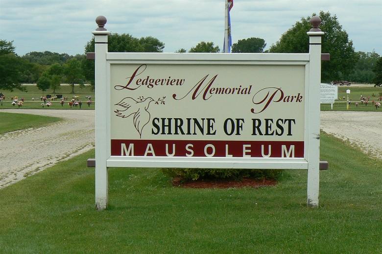 Ledgeview Memorial Park