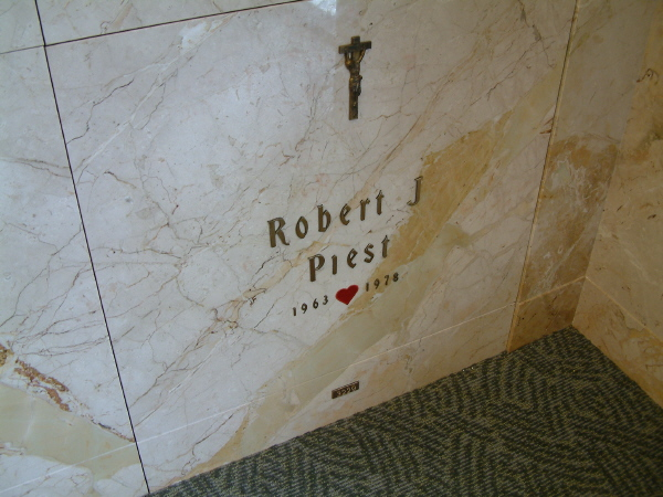 Robert Jerome Piest