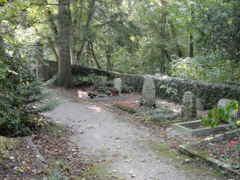 Vieux Cemetery