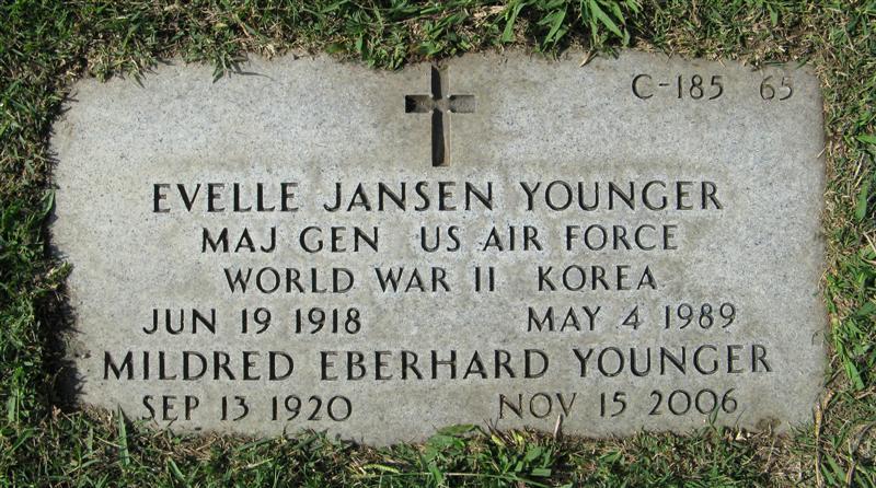 Evelle Jansen Younger