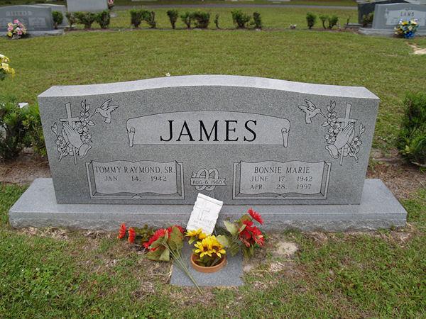 Bonnie Marie <i>Delettre</i> James