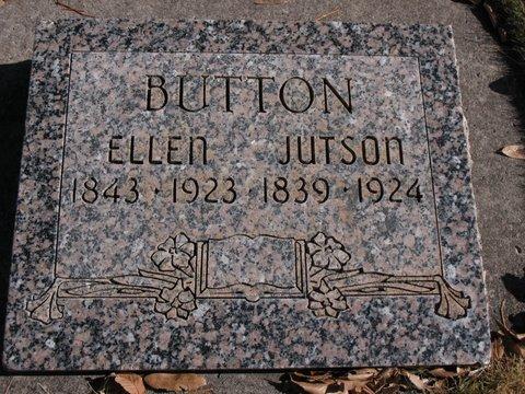 Ellen <i>Taylor</i> Button