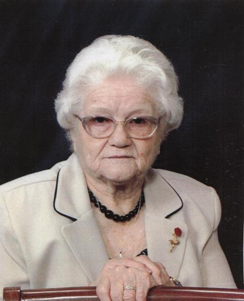 Della Mae <i>Stacy</i> Finch