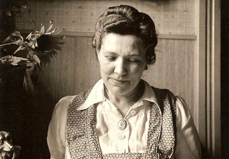 Elisabeth <i>Weiler</i> Schulte