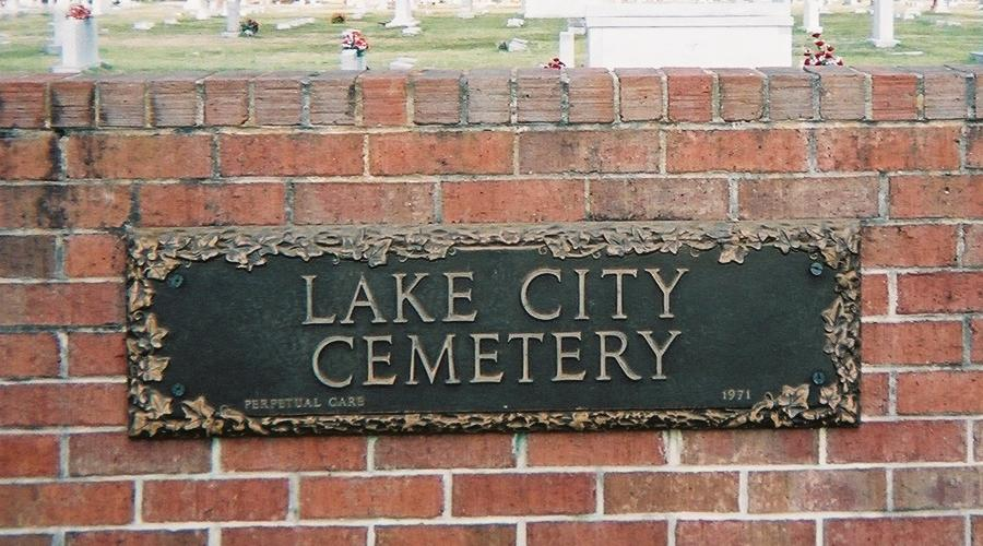 Lake City Cemetery