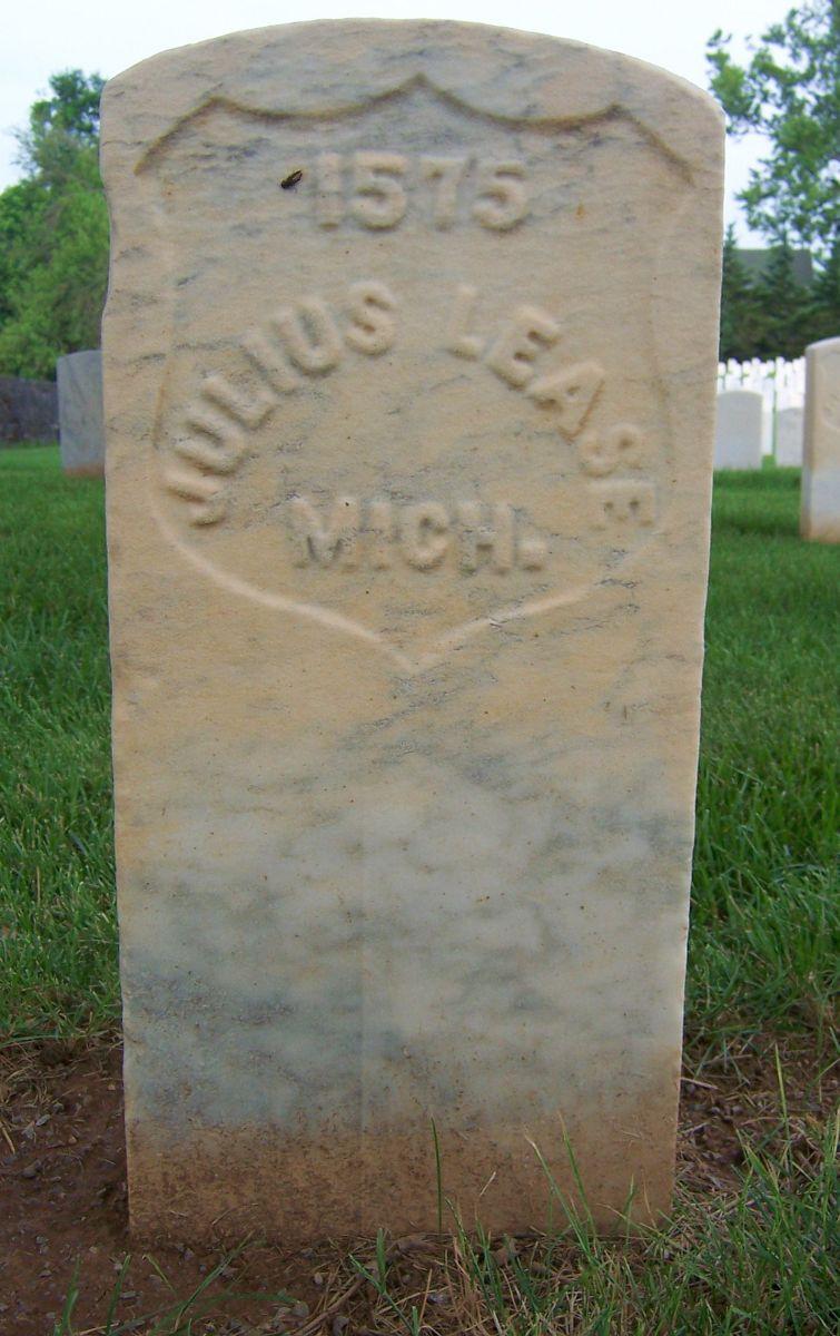 Julius Lease