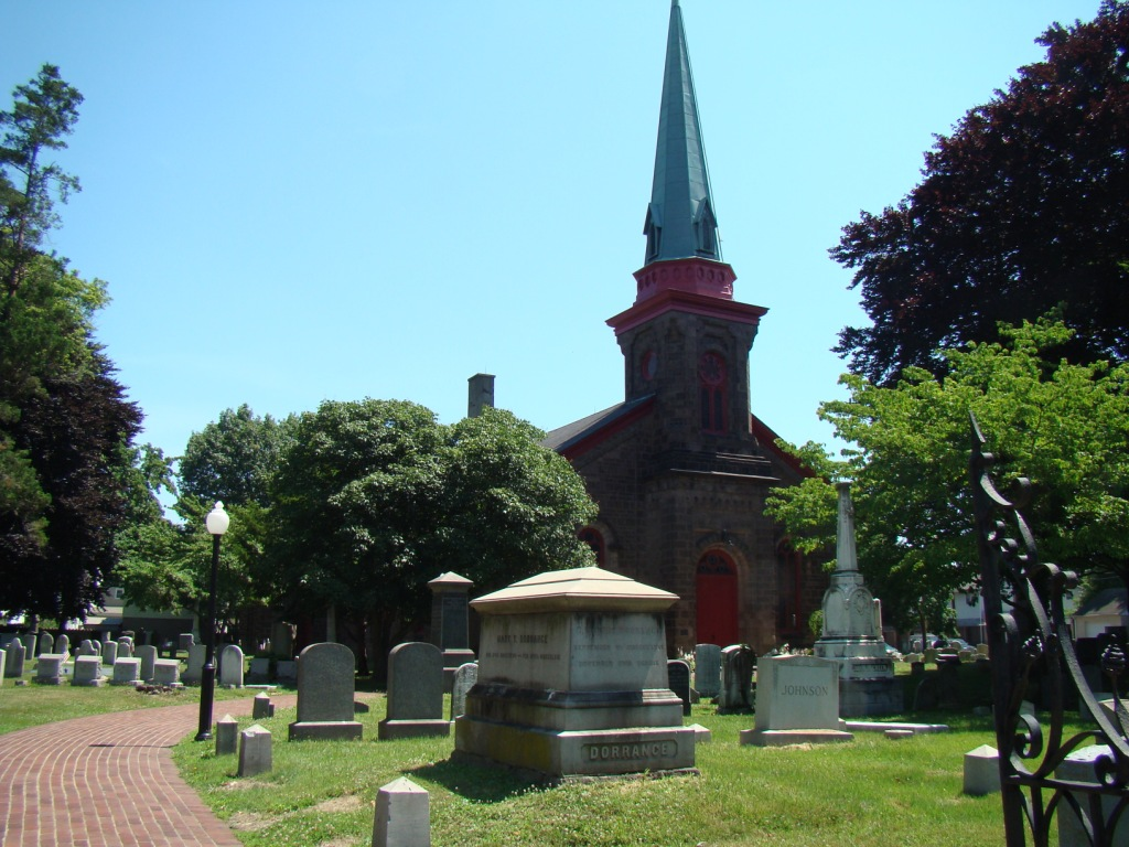 Saint James Episcopal Churchyard