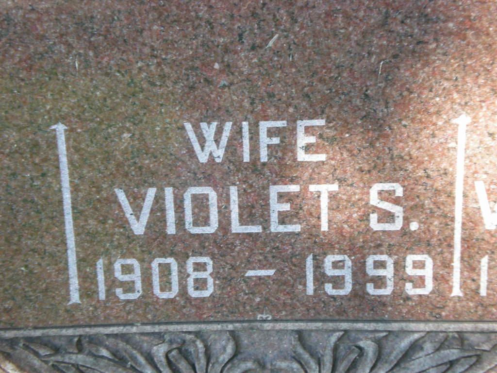 Violet Susanne <i>Fittkau</i> Austerlade